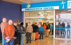 Fila em posto do INSS na zona leste de São Paulo (SP)  Serviço de Utilidade Pública.