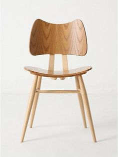 A couple of weeks ago we posted a paean to the classic British Ercol stacking chair (see Furniture: Ercol Stacking Dining Chairs), so we were pleasantly su
