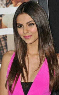 Victoria Justice ♥ Love her Hair & Makeup!