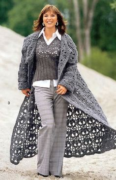 Crochet Coat - pattern is not in English, but there are diagrams. Crochet Skull, Crochet Coat, Crochet Motifs, Crochet Jacket, Crochet Cardigan, Crochet Clothes, Crochet Patterns, Crochet Sweaters, Mode Crochet