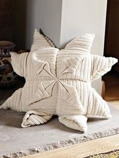 Free Knitting Pattern - Pillows, Cushions & Covers: Origami Cushion