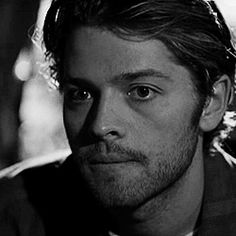 Discover & share this Misha Collins GIF with everyone you know. Young Misha Collins, Castiel Tumblr, World C, Hommes Sexy, Supernatural Cast, Destiel, My People, Aesthetic Pictures, Best Shows Ever