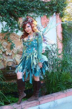 water fairy by the fountain by desifairy, via Flickr