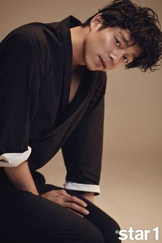 """Gong Yoo did a photo shoot with and the behind-the-scenes shots look like he was being goofy. In the accompanying interview, he discussed his movie """"Train To Busan"""" (which I have… Park Hae Jin, Park Seo Joon, Korean Star, Korean Men, Asian Actors, Korean Actors, South Corea, Goblin Korean Drama, Goblin Gong Yoo"""