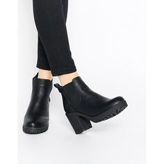 Truffle Collection Tori Platform Heeled Chelsea Boots ($52) ❤ liked on Polyvore featuring shoes, boots, ankle booties, black pu, high heel booties, platform ankle booties, platform booties, black platform booties en black booties
