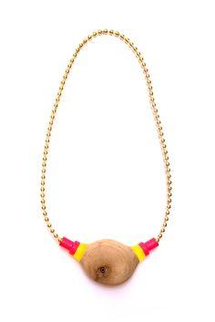 Helena Johansson Lindell 2013 Jewelry Crafts, Jewelry Art, Jewlery, Jewelry Necklaces, Beaded Necklace, Chain Jewelry, Ball Chain, Objects, Creative