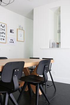 Via Nu interieur ontwerp   Black and White Dining Room
