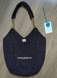 Crotchet Bags, Bag Crochet, Crochet Handbags, Loom Knitting, Knitting Patterns, Crochet Patterns, Tapestry Crochet, Crochet Accessories, Handmade Bags