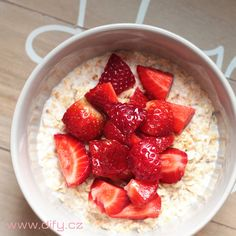 Strawberry, Yummy Food, Fruit, Blog, Food Ideas, Fitness, Delicious Food, Strawberry Fruit, Blogging
