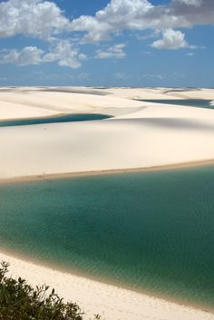 Lençois Maranhenses- Brazil  155 mil hectares de pura natureza e muitas surpresas ...