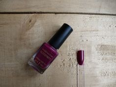 All that Glitters: Max Factor Glossfinity in Raspberry Blush