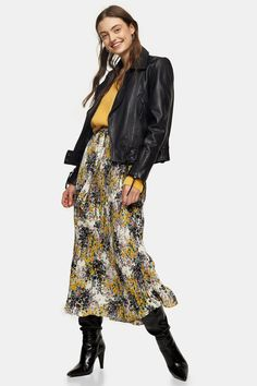 This multi all over floral tie belt pleated midi skirt channels a bold botanical look. We are adding some trendy pointy fashion boots to the mix to complete the outfit. Mini Slip Dress, Pleated Mini Skirt, Midi Skirt, Topshop Outfit, Floral Print Skirt, Floral Tie, Skirt Images, Formal Skirt, Printed Skirts