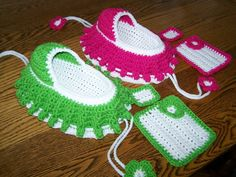Crocheted Cradle Purse With Doll Or Princess