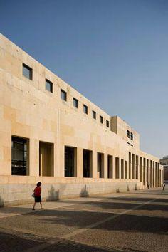 Câmara de Matosinhos (1987) by Alcino Soutinho (1930-2013) Brutalist, Portuguese, Multi Story Building, Louvre, Architecture, City, Pictures, Travel, Shots