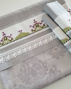 Lace Making, Inspired Homes, Linen Bedding, My Dream Home, Bed Sheets, Home Furnishings, Vintage Inspired, Pillow Cases, Diy And Crafts