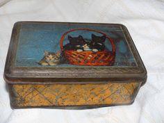 ANCIENNE BOITE EN TOLE BEAU DECOR DE CHAT. From eBay.