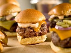 Sliders with Chipotle Mayonnaise : Mini burgers are great two-bite options for entertaining. Bobby Flay spices his up with smoky chipotle mayonnaise. Bobby Flay Recipes, Top Recipes, Cooking Recipes, Bobby Flay Burger Recipe, Party Recipes, Cooking Tips, Crowd Recipes, Sunday Recipes, Lunch Recipes