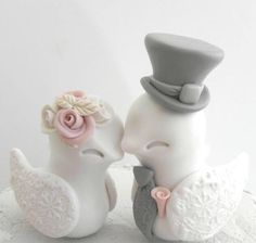 On Etsy lava gifts. Awesome polymer clay sculpted love birds, these in dusty rose. Just beautiful~