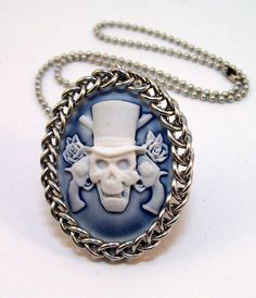 Skull jewelry chainmaille pendant cameo by Eternalelfcreations, $15.00    He looks like the Hatbox ghost to me.