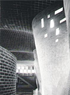 Eladio Dieste - Iglesia del Cristo Obrero (Obra de cáscara de doble curvatura)  Ubicación: Ruta 11, Km. 164 estación Atlántida - Canelones  1952 - 1958