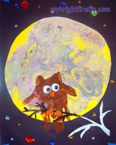M is for Moon Halloween Art: Handprint Owl Craft #HandprintHolidays