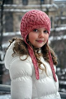 Strawberry Semifreddo Hat with earflaps is a cozy looking hat that has multiple sizes and uses only one skein of yarn.