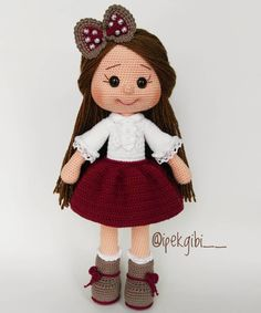JULIA Crochet Toy / Amigurumi Doll - Crochet Doll for Daughter, Gift for Children, Gift for Baby, Gi - Salvabrani - Salvabrani Baby Knitting Patterns, Amigurumi Patterns, Amigurumi Doll, Doll Patterns, Knitted Dolls, Crochet Dolls, Crochet Hats, Minion Crochet, Crochet Bunny