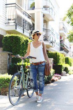 What to wear bike riding #style #fashion #bike #summer #converse