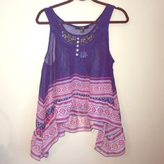 Forever 21 Top **NWT*** *NEW WITH TAG* Size: Medium.  Never worn Forever 21 Tops Tank Tops