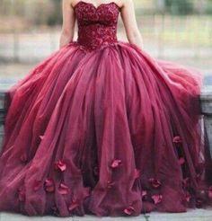Vestido bordô Princess abatido de folho total