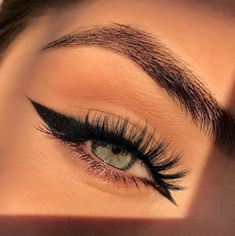 Edgy Makeup, Makeup Eye Looks, Eye Makeup Art, No Eyeliner Makeup, Cute Makeup, Pretty Makeup, Skin Makeup, Makeup Inspo, Fall Makeup
