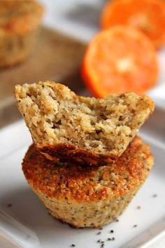 Receita muito rápida de bolo sem farinha, sem ovo, sem leite, sem soja, sem gordura e com poucos ingredientes!