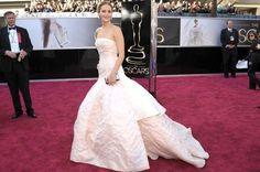 La hora de Teresa Baca - Mejores vestidas en la gala de los Óscar. Jennifer Lawrence. Dior, Grace Kelly style