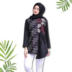 Model Dress Batik, Batik Dress, Pakistani Fashion Casual, Pakistani Dress Design, Kurta Designs Women, Blouse Designs, Blouse Batik Modern, Batik Couple, Batik Kebaya