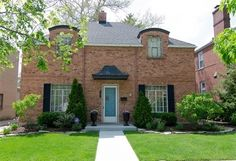 10330 S OAKLEY Ave, CHICAGO, IL 60643 - 3 beds/1.5 baths Very BHG @Fred O'Neal  ideal exterior