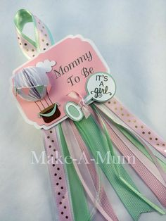 This Hot Air Balloon Baby Shower corsage is so much fun and perfect for Baby Shower Favors, hot air balloon decorations, or the Mommy To Be. This tag can also be made into a cupcake topper or sticker, just contact me for more details! This listing can be fully customized in any language to match your event theme! DETAILS: • Square tag with ribbon measures approximately 4 x 8 • 1 Tag • This tag comes fully assembled with a swivel back pin. Ready to go! • Packaged in a clear bag for…