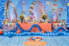 Ideia bem legal e divertida com tema: Parque de diversões.  Regram: @srafesta |Decor: @criancices . #party ...