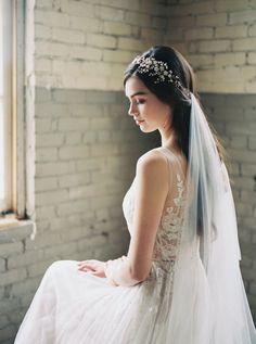51 Ideas Wedding Hairstyles With Headpiece And Veil Hair Down For 2019 Romantic Bridal Hair, Boho Wedding Hair, Wedding Hair Down, Bohemian Wedding Dresses, Wedding Veils, Bridal Dresses, Floral Wedding, Trendy Wedding, Bridal Crown