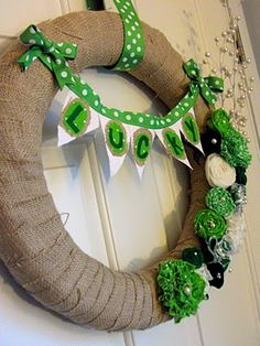 LOVE this, St. Patrick's Day Wreath