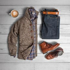 Cardigans are fall's casual blazer. - Donegal Cardigan: Shirt: Selvedge Denim: Belt: Boots: Alden Indy 405 x Socks: Casual Blazer, Men Casual, Fashion Mode, Daily Fashion, Mens Fashion, Paris Fashion, Runway Fashion, Girl Fashion, Komplette Outfits