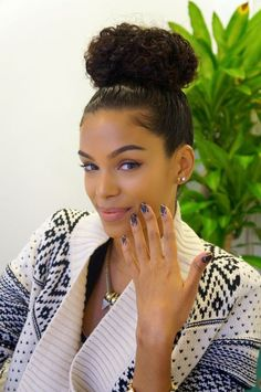 ♚ #Updo #Natural hair, #black hair, #curly #hair #cachos #cacheado #cheveux #boucles #crespo #bun