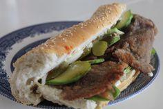 Beef Schnitzel, Schnitzel Recipes, Best Sandwich, Sandwich Recipes, Hamburger, Avocado, Sandwiches, Ethnic Recipes, Food