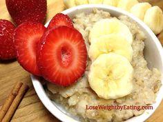 15 Healthy Oatmeal Recipes for Breakfast that Boost Weight Loss Healthy Oatmeal Recipes, Healthy Sweet Snacks, Healthy Meals, Banana Recipes, Eating Fast, Healthy Eating, Clean Eating, Snacks Under 100 Calories, Breakfast Recipes