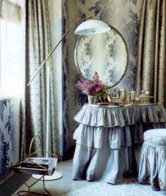 little augury: to Sir : a Vanity fair