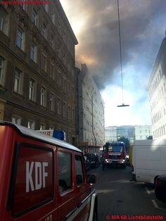 Roof-fire at Vienna / Austria #firefighters