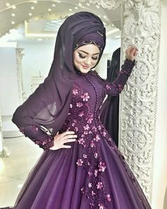 Muslim Wedding Gown, Hijabi Wedding, Wedding Hijab Styles, Muslimah Wedding Dress, Hijab Style Dress, Hijab Wedding Dresses, Hijab Bride, Girl Hijab, Bridal Hijab