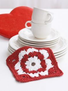 Valentine Dishcloth in Lily Sugar 'n Cream Solids. Discover more Patterns by Lily Sugar 'n Cream at LoveCrochet. We stock patterns, yarn, hooks and books from all of your favorite brands. Holiday Crochet, Crochet Home, Crochet Crafts, Crochet Projects, Free Crochet, Crochet Kitchen, Crochet Ideas, Diy Projects, Crochet Supplies