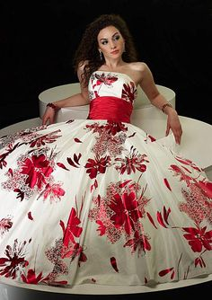 Magnificent white dress with red prints - Alyce Prom
