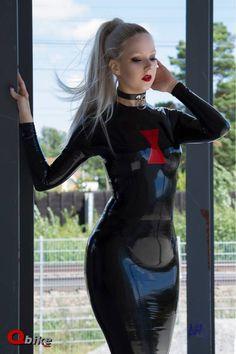 Black widow latex dress with choker collar