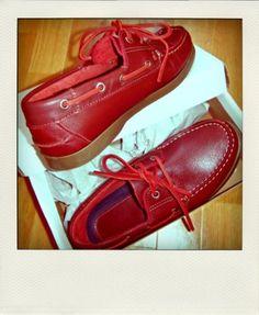 chaussure bateau hermes rouge